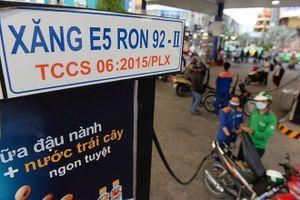 Xăng A95 vẫn được người dùng thích hơn xăng sinh học E5