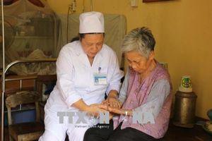 Dành trọn cuộc đời chăm sóc bệnh nhân phong