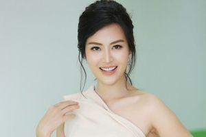 Hoa hậu Thu Thủy gây sốc khi tiết lộ can thiệp dao kéo