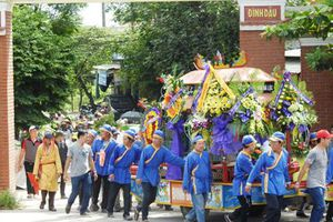 Đẫm nước mắt ngày tiễn đưa nạn nhân vụ TNGT ở Quảng Nam