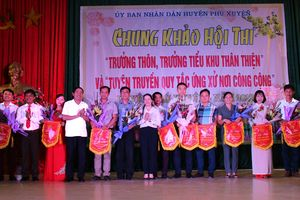 Phú Xuyên xây dựng hình ảnh trưởng thôn thân thiện
