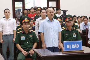 Út 'trọc' bị tuyên án 12 năm tù
