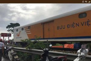 Tàu lửa tông ô tô ở Nam Định, nhiều người thương vong