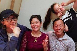 Châu Tinh Trì bất ngờ ra mắt gia đình bạn gái 9X