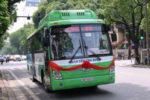 Xe buýt 'sạch' đầu tiên của Hà Nội đi vào hoạt động
