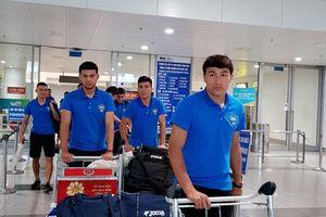 U23 Uzbekistan đặt chân đến Hà Nội, chờ tái đấu U23 Việt Nam