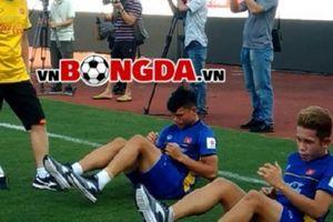 Hai tuyển thủ U23 Việt Nam vẫn chưa hẹn ngày trở lại