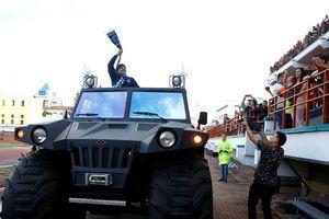 Maradona tuyên bố sẽ vung tiền để lôi kéo danh thủ về Dinamo Brest