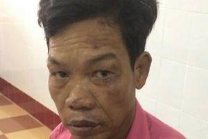 Bị mắng trong lúc nhậu nhẹt, con trai đánh chết cha già 84 tuổi, đe dọa mọi người không được đưa đi cấp cứu