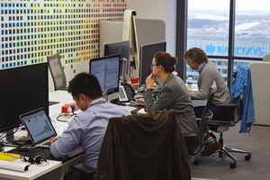 Các hãng công nghệ tăng tuyển người không có kỹ năng công nghệ