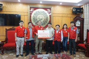 Hội Chữ thập đỏ Việt Nam cứu trợ nhân dân bị ngập lụt huyện Chương Mỹ