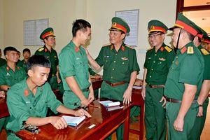 Đoàn công tác Bộ Tổng Tham mưu làm việc tại Lữ đoàn Thông tin 132