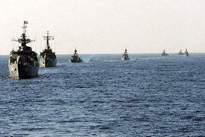 Mỹ báo động nguy cơ Iran tập trận rầm rộ