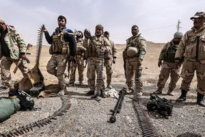 Hơn 200 tay súng IS đầu hàng quân đội Syria tại Yarmouk