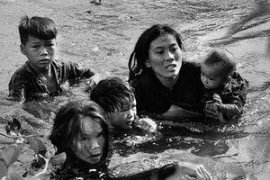 Kinh điển bức ảnh giành giải Pulitzer về chiến tranh VN