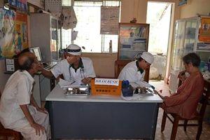 BĐBP Bình Định khám bệnh, cấp phát thuốc miễn phí cho ngư dân