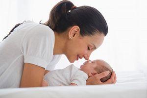 Lưu ý đặc biệt khi chăm bé sơ sinh