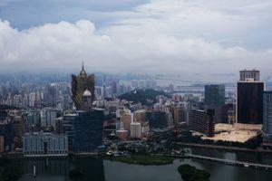 Người giàu Trung Quốc 'né' luật để chuyển tiền ra nước ngoài