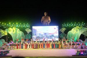 Khai mạc Lễ hội Làng Sen toàn quốc năm 2015