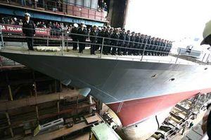 Toàn cảnh hạ thủy tàu chiến Project 20380 của Nga