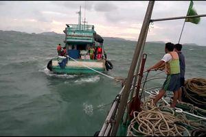 Kiên Giang: Cứu hộ 2 tàu gặp nạn trên biển