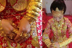 Choáng váng với những cô dâu nhà giàu trĩu cổ vì vàng