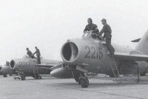 Ảnh cực hiếm tiêm kích MiG-17 của KQND Việt Nam