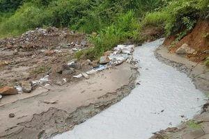 Bắc Giang: Hai nhà máy của một tập đoàn vô tư xả thải, sông Cẩm Đàn 'kêu cứu'!