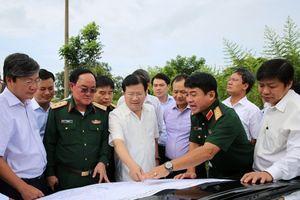 Nhanh chóng mở rộng, nâng cấp sân bay Tân Sơn Nhất