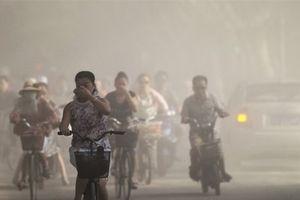 Hít khói bụi ở Hà Nội: Chuyên gia cảnh báo những nguy hiểm về sức khỏe