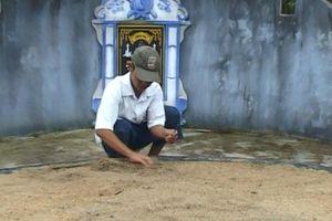 Vụ nhiều ngôi mộ bị đóng đinh ở Huế: 1 người đàn ông bị triệu tập