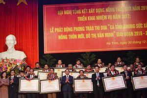 Hà Tĩnh vinh danh 30 xã đạt chuẩn nông thôn mới năm 2016