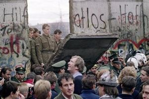 Bức tường Berlin: Biểu tượng và hy vọng của Chiến tranh Lạnh
