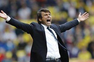 Conte vẫn còn non so với 'cáo già' Mourinho