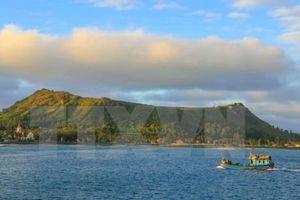 Du lịch ở Lý Sơn hấp dẫn du khách trong và ngoài nước