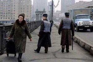Hình ảnh ở nước Nga sau khi Liên Xô sụp đổ (1)
