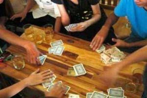Bắt vụ đánh bạc tại nhà riêng Phó giám đốc Sở Y tế Đắk Lắk