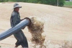 Ồ ạt hút cát cửa sông Ba, lơ tác động môi trường