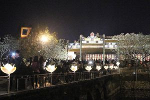 Đại nội Huế chính thức mở cửa đón khách tham quan về đêm