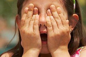 Hoảng hốt vì con 6 tuổi đã bị rối loạn tâm thần