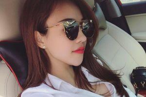 Danh tính mỹ nữ nổi bật nhất trong hàng ngàn người ở bãi biển Sầm Sơn