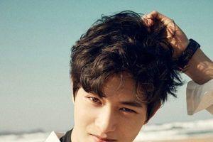 Lộ ca sĩ tiếp theo chia sẻ clip nóng trong nhóm tình dục của Seungri