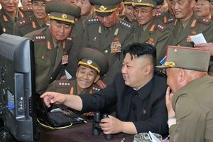 Roubini cảnh báo 'thiên nga đen': Chiến tranh điện tử Mỹ - Triều Tiên