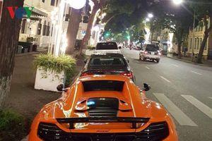 McLaren 650S Spider dạo phố đêm ở Hà Nội