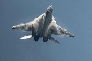 Việt Nam có nên dùng MiG-35 thay thế 'én bạc' MiG-21?