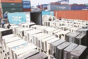 Điều tra, làm rõ 213 container hàng hóa không xuất cảnh