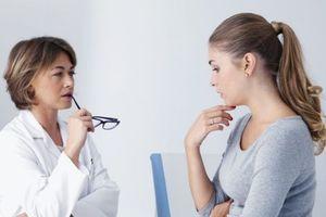 Giấu giếm sự thật về sức khỏe có tốt cho bệnh nhân?