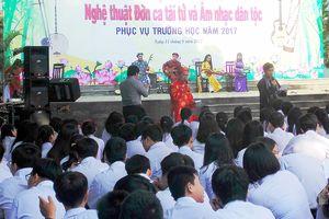 Đưa âm nhạc dân tộc vào trường học: Vẫn mãi loay hoay