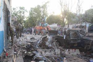 Mỹ lần đầu tiên không kích IS ở Somalia