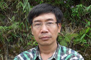 Nhà văn Sương Nguyệt Minh: \'Trai anh hùng, gái thuyền quyên\'